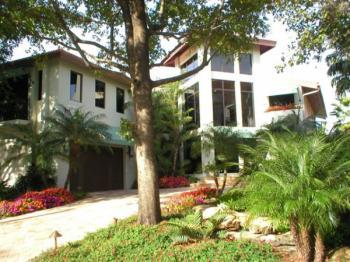 Rio Vista Residence